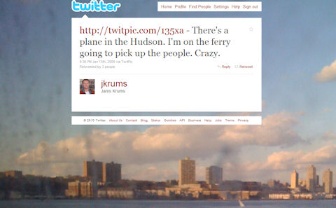 http://twitpic.com/135xa - There's a plane in the Hudson. I'm on the ferry going to pick up the people. Crazy.